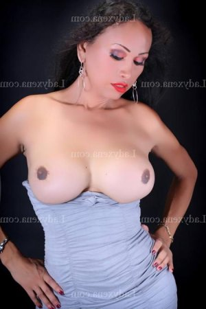 Eveline wannonce escort girl