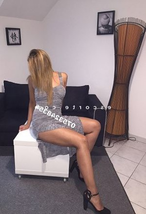 Wiem rencontre dominatrice escorte massage érotique à Valenciennes